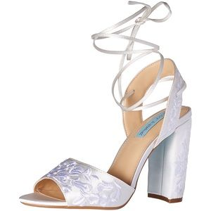 Blue by Betsey Johnson Raine White Heels Wedding 8